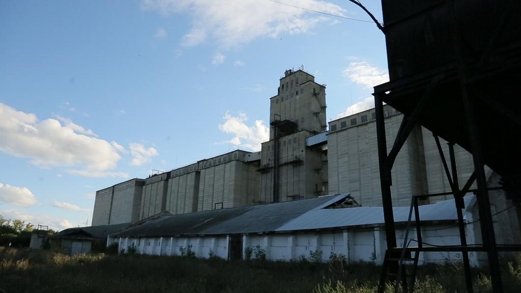 Элеватор изобрел вертикальные транспортеры зерна